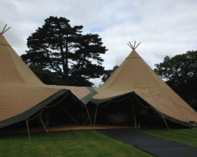 tipi open front