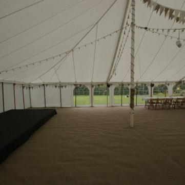 coir-style-carpet-in-traditional-marquee