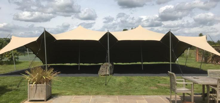 Stretch Tent in Graden