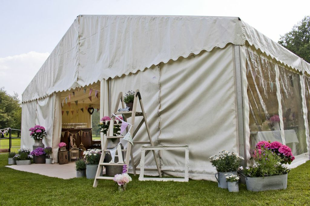 South West marquees - Frame Clearspan