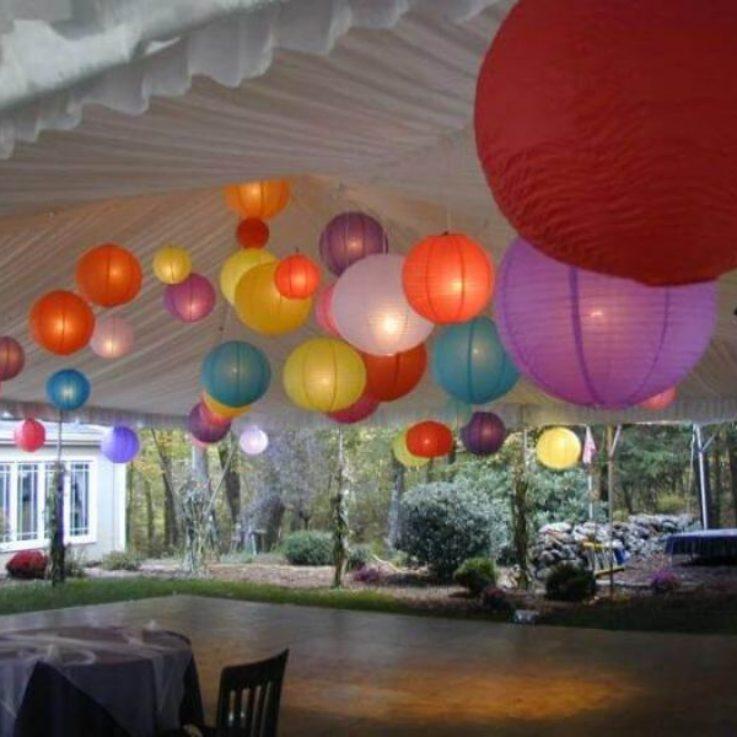 balloons above dance floor